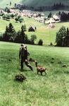 Mann mit Ziege