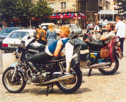 Sonnen auf den Mopeds
