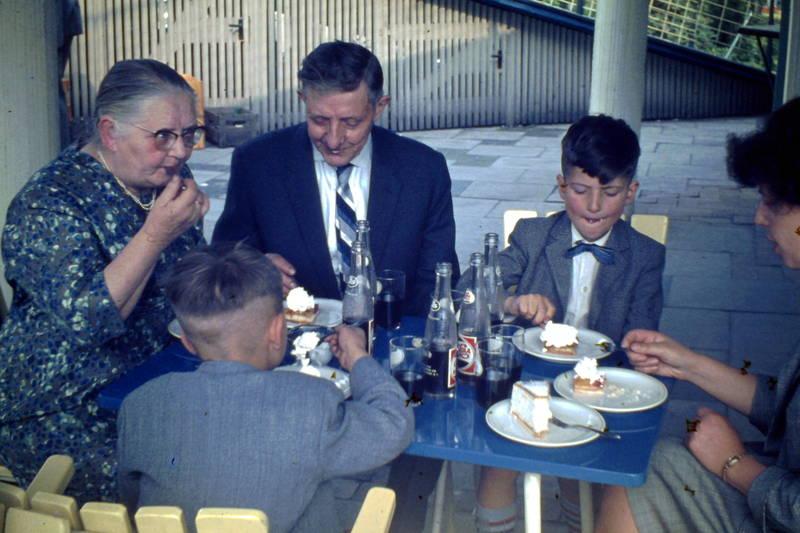 cafe, cola, Kindheit, köln, kuchen, Rheingarten, torte