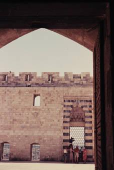 Im Hof der Zitadelle