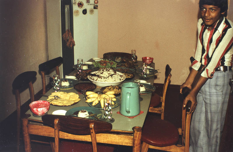 Ananas, backbanane, Einladung, essen, getränk, Kanne, Krug, paste, Reis, Soße, speise