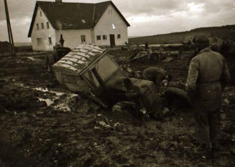 Traktor im Matsch