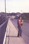 Mit der Kamera über die Brücke