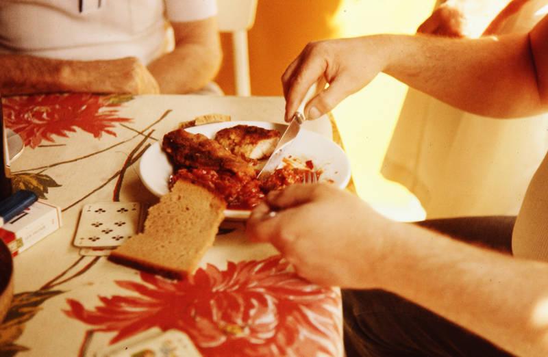 Doppelkopf, essen, Graubrot, Schnitzel, spielkarte, Zigeuner Sauce, Zigeuner Schnitzel