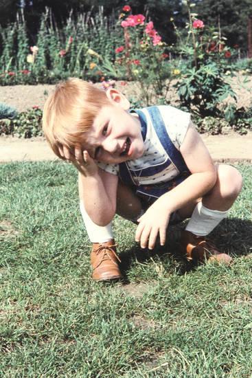 garten, hocken, kind, Kindheit, Schuh, wiese