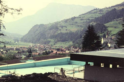 Schwimmbecken im Umbau