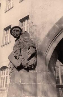 """Schule """"Nußbaumer"""" Straße"""