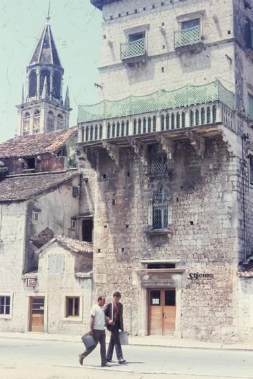 Balkon, entlanglaufen, Glaube, Kloster, Religion, St.Nikola, straße, Tasche