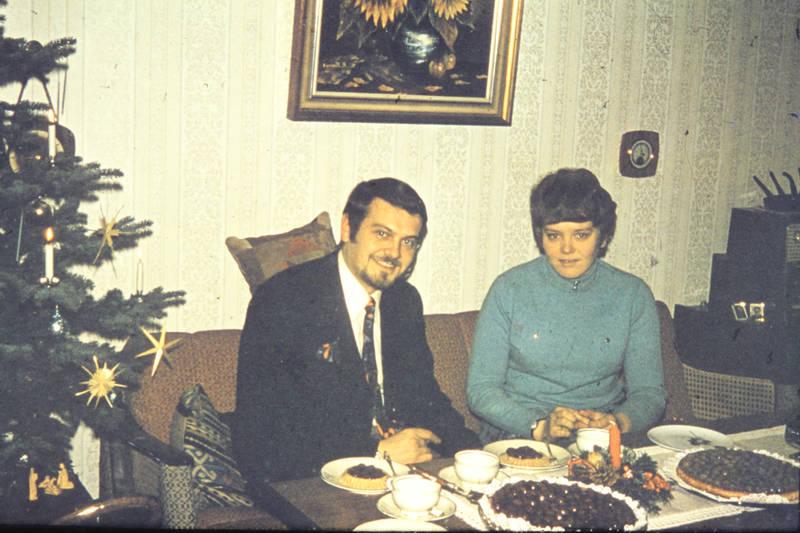 adventsgesteck, kaffee, Krawatte, Stachelbeeren, Tannenbaum, torte, Weihnachtszeit