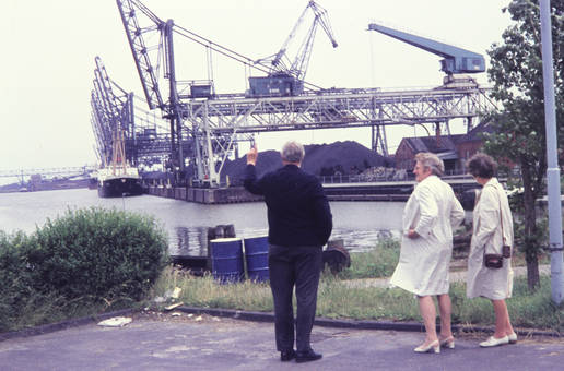 Am Hafen in Emden