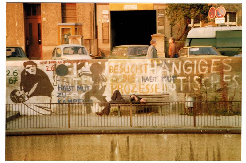1978, berlin, graffiti, kadett-b, Kreuzberg, Landwehrkanal, manta-b, Parkbank, Paul-Linke-Ufer, VW-Käfer