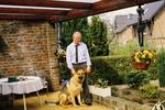 Der Mann und der Schäferhund