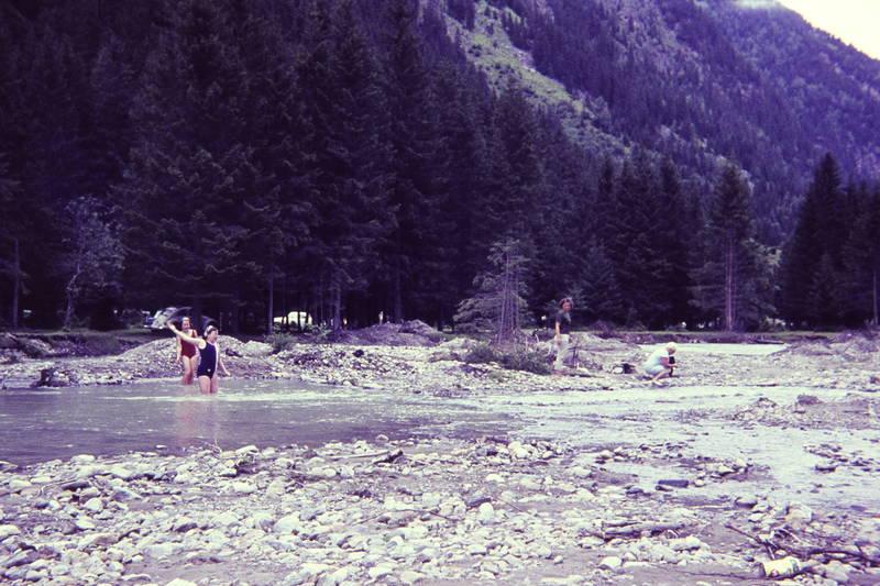abkühlung, badeanzug, baden, Flussbett, Stein, urlaub, wasser