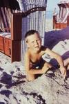 Junge am Strand