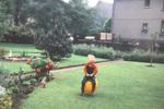 Hüpfender Gartenzwerg
