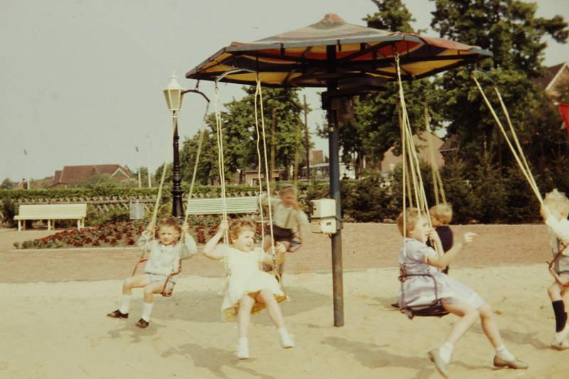 Karussell, kettenkarussell, Kindheit, Spaß, spiel, spielplatz