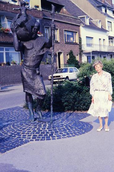 auto, Christophorus-Statue, Emmerich, KFZ, PKW