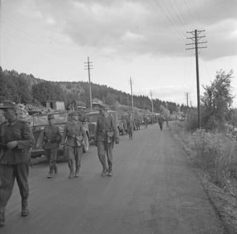 Soldaten auf der Straße