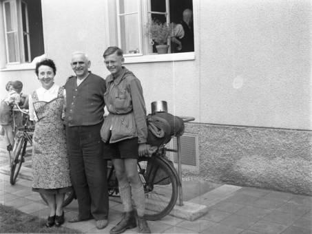 Familie mit Rad