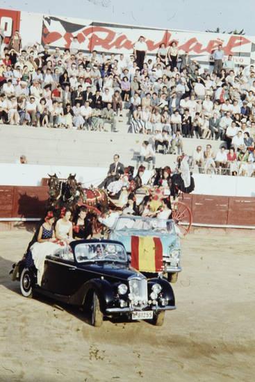arena, auto, fahne, Kutsche, Pferd, stierkampf