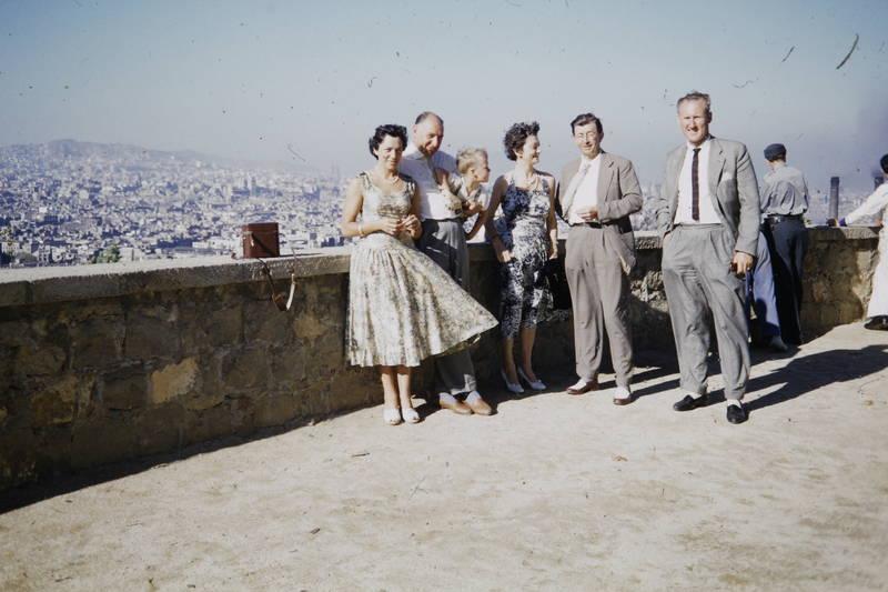 anzug, Aussichtsplattform, barcelona, Gruppenbild, kleid