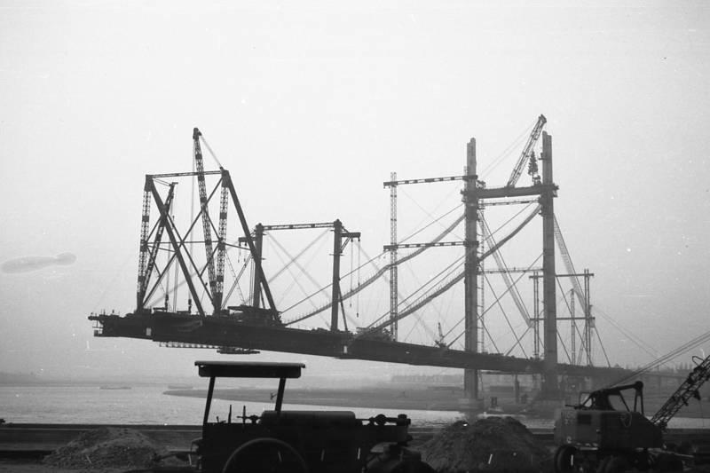 brücke, Brückenbau, Brückenpfeiler, Rheinkniebrücke