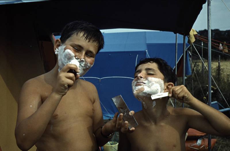 bretagne, camping, Kindheit, Rasierer, rasierschaum, spiegel