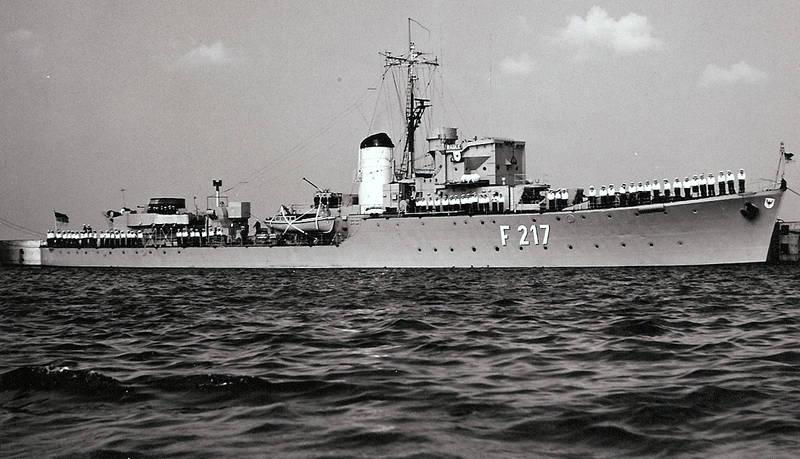 Marine, ostsee, schiff, schulfregatte, schwan der ostsee