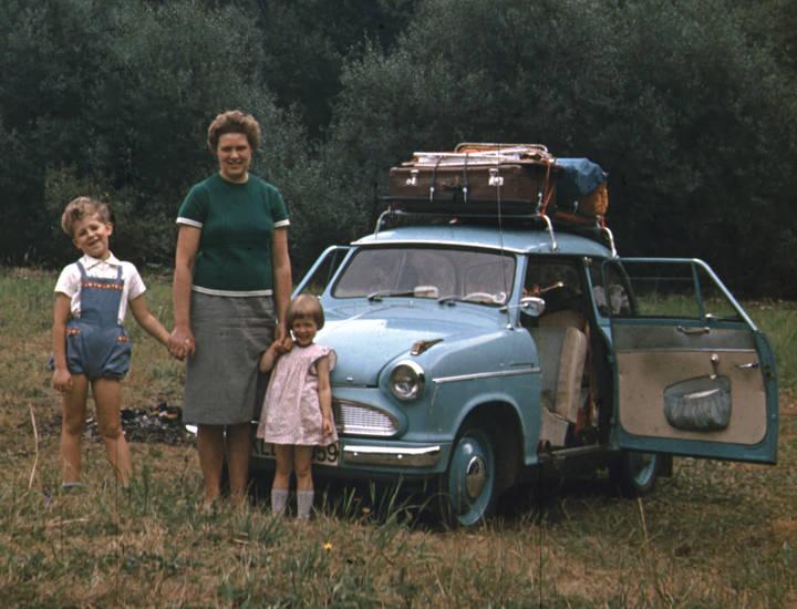 auto, Dachgepäckträger, familie, Gepäck, KFZ, Koffer, Lloyd Alexander TS, PKW, urlaub, Urlaubsreise