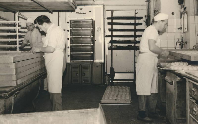 arbeit, bäcker, bäckerei, Backofen, backstube, Blech, brötchen, Matador, Teig