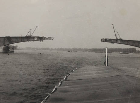 Bau der Kennedybrücke