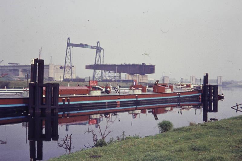 A59, Berliner Brücke, Binnenhafen, Hafen, industrie, Rhein, Ruhr, schiff, spiegelung, Verbindungskanal