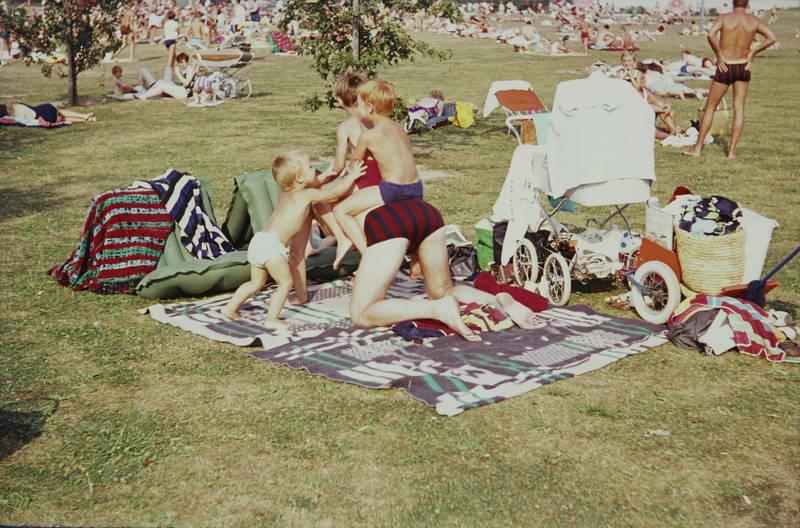 badehose, kinderwagen, Kindheit, Sonnenbad, Spaß, spiel