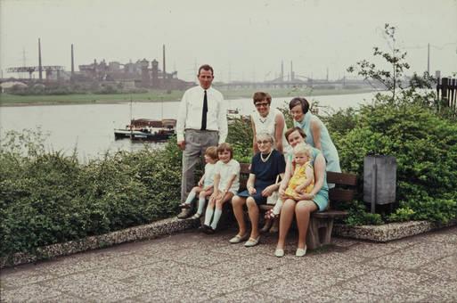 Zusammen am Rhein