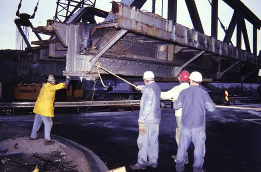 Demontierung der Brücke