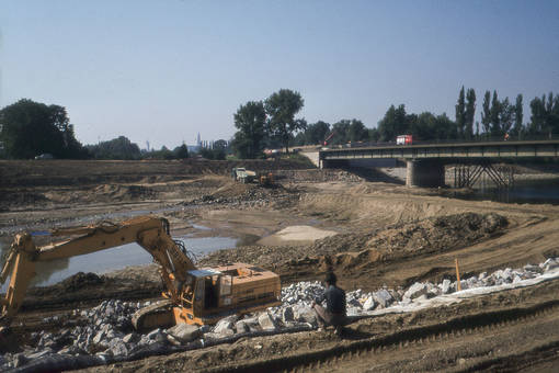 Bau der Agnes-Bernauer-Brücke