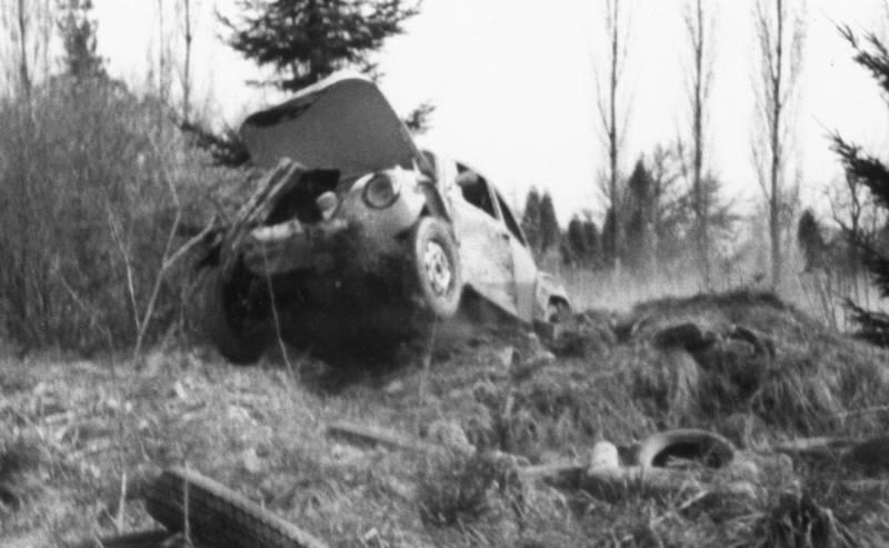 auto, Gelände, käfer, KFZ, PKW, unfall, volkswagen