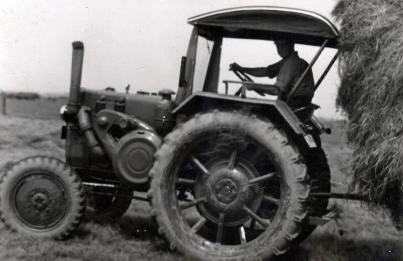 Echtz, Feldarbeit, heuernte, Landwirt, Landwirtschaft, Lanz-Bulldog, Schlepper, traktor