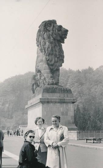 Aachen, aachener concordia, ausflug, belgien, Concordia, gesangverein, gileppe-talsperre, Löwe, Männergesangverein, mode, statue, steinlöwe, talsperre
