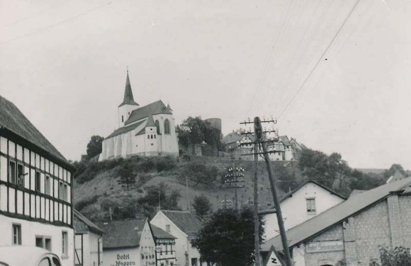 Aachen, aachener concordia, ausflug, bergfried, Burgruine, eifel, gesangverein, Hellenthal, kirche, Männergesangverein, reifferscheid, St.Matthias