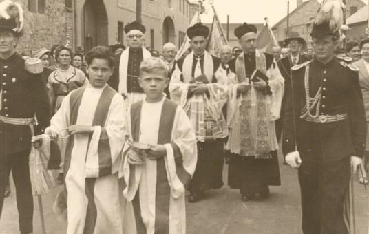 Einführung Pfarrer Esser