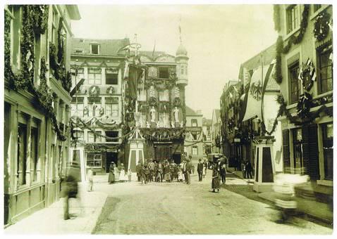 Der Kaiser in Aachen