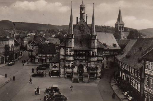 Rathaus und Marktstraße