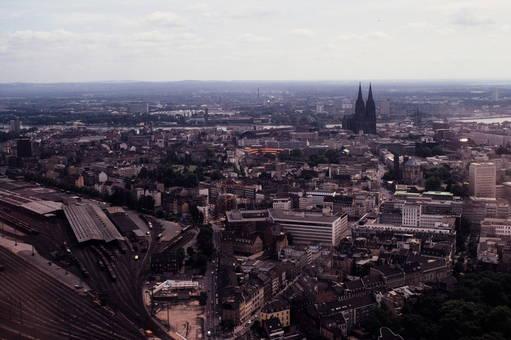 Blick vom Colonius auf Köln
