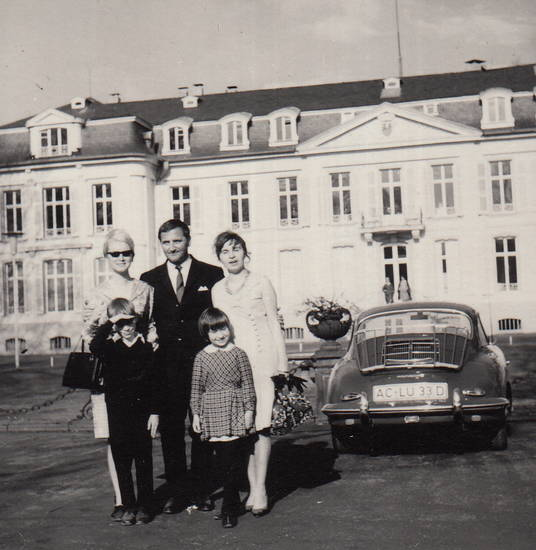 auto, familie, Familienbild, KFZ, Parkplatz, PKW, porsche-356