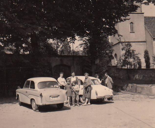 auto, familie, KFZ, Parkplatz, PKW, TrabantP50, Wartburg311