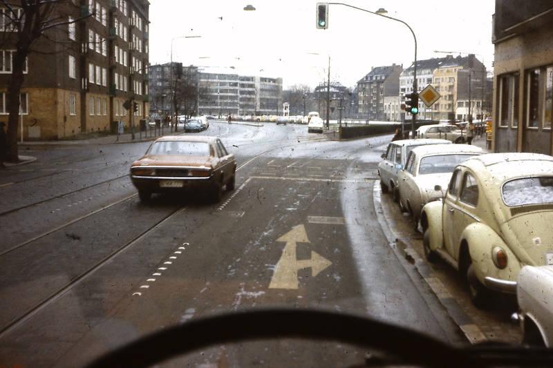 auto, faltdach, ford-badewanne, Ford-Granada, kadett-b, KFZ, PKW, Solingen, stadt, straße, volkswagen, VW Käfer