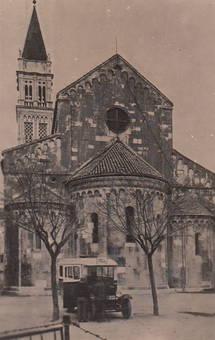An der Kirche