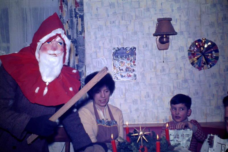 Advent, Adventkranz, Brauchtum, Kerze, Nikolaus