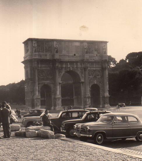 Aleppo, auto, Borgward, Borgward Isabella, Italien, KFZ, Konstantinsbogen, PKW, Rom